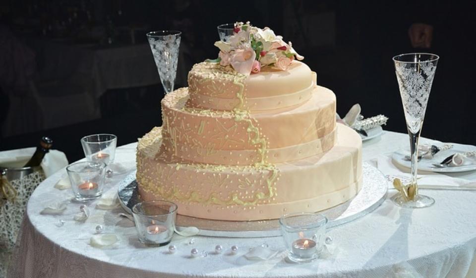wedding-cake-1280014_640